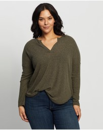 Atmos&Here Curvy - Rozalia Relaxed Oversized Top
