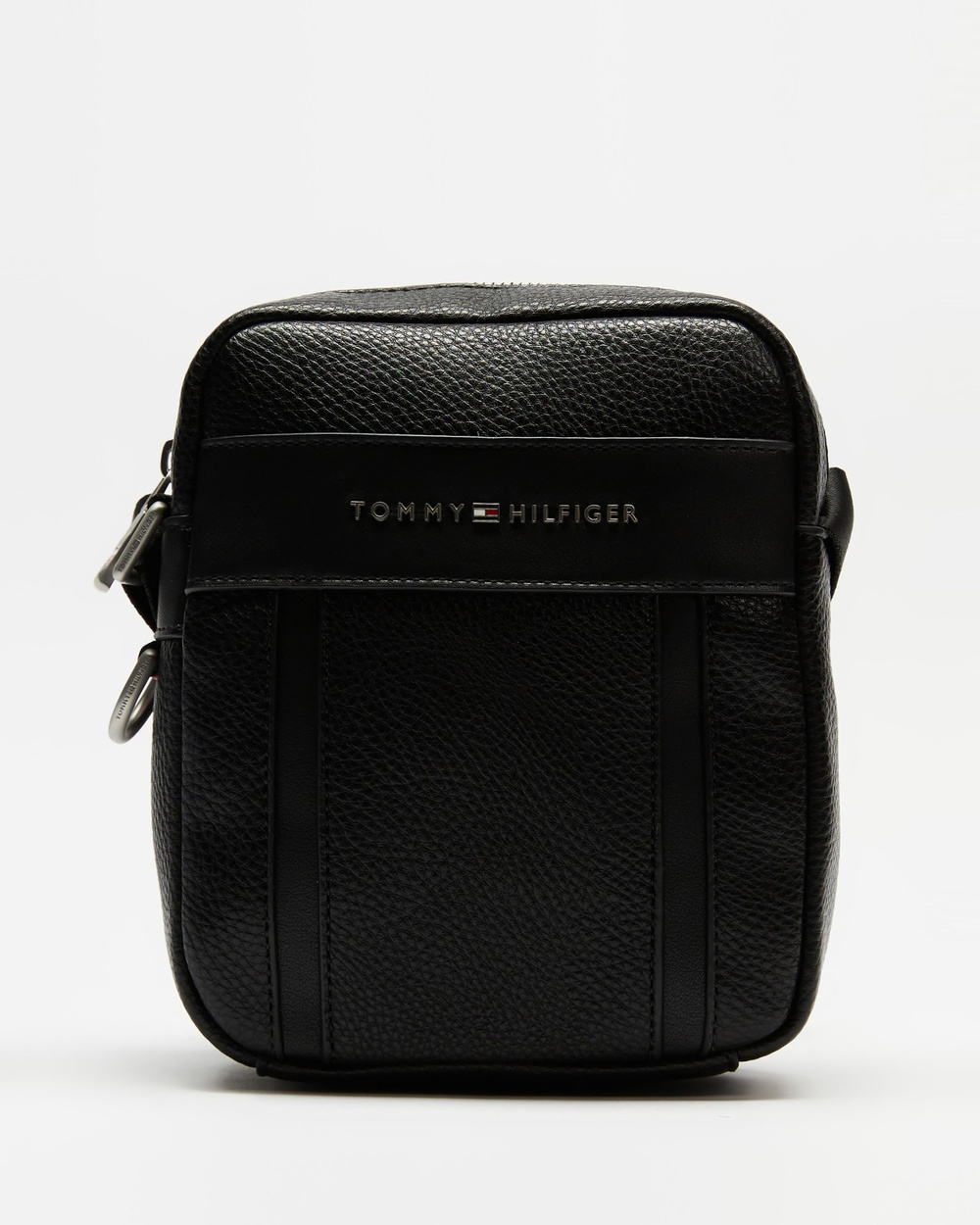 Tommy Hilfiger Downtown Small Reporter Bag Satchels Black