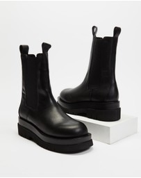 AERE - Chunky Leather Chelsea Boots