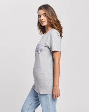 Missguided Petite Petite Chicago Basketball Graphic SS Tee - T-Shirts & Singlets (Grey)