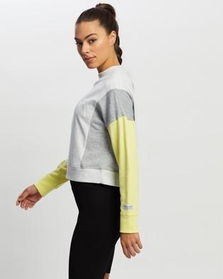 Calvin Klein Performance - Logo Colorblock Mockneck Pullover Sweats (Citrine)