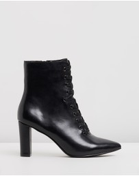 Atmos&Here - Sylvia Leather Ankle Boots