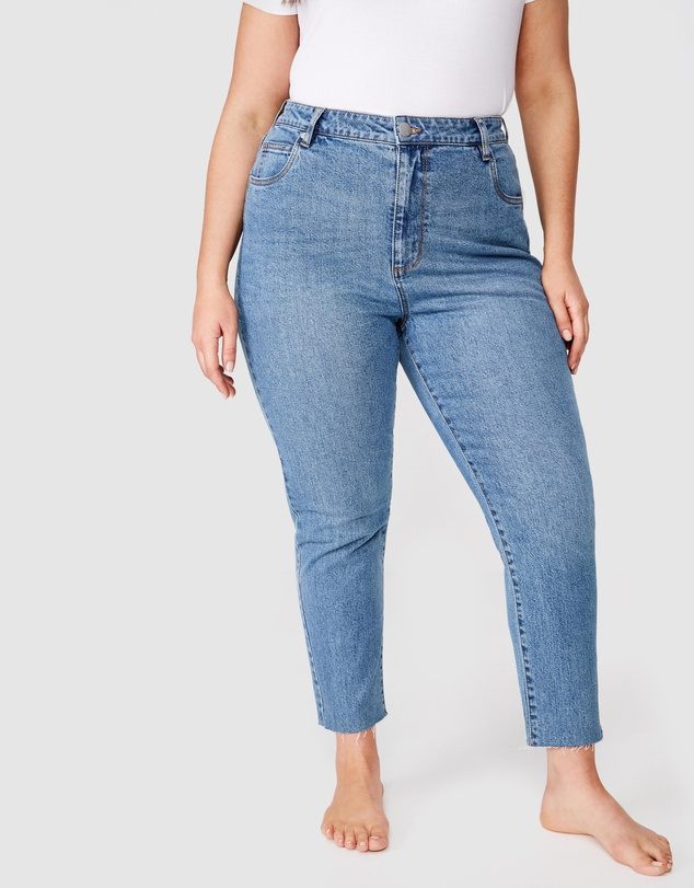 Cotton On Curve - Curve Taylor Mom Jeans