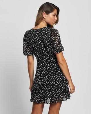 Atmos&Here Faye Mini Dress - Printed Dresses (Black Based Print)