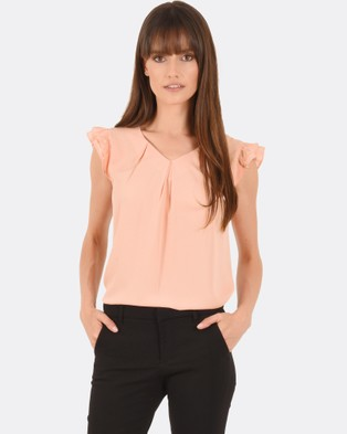 Forcast – Kiana Pleat Cap Sleeve Top Peach