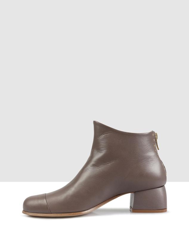 Women Beau5 Ankle Boots