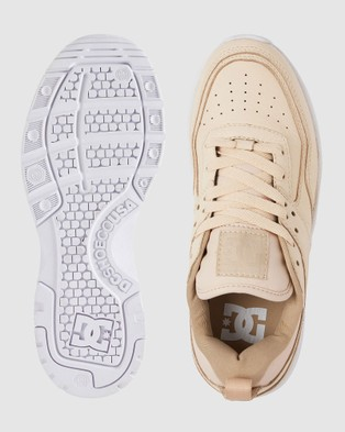 DC Shoes Womens E.Tribeka Platform LE Shoe - Sneakers (Tan)
