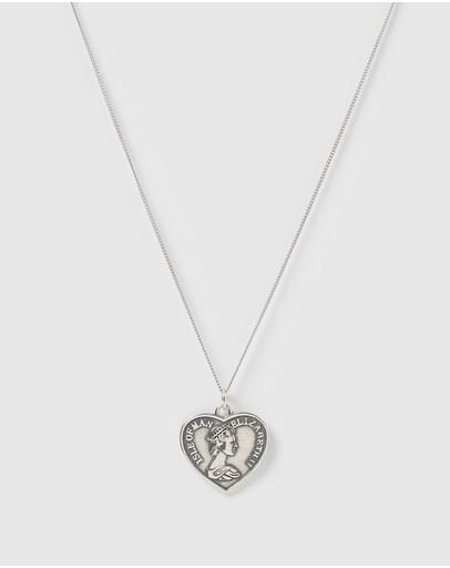 Izoa Majesty Pendant Necklace Silver