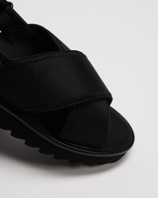 TWOOBS The X Sandals - Sandals (Black)
