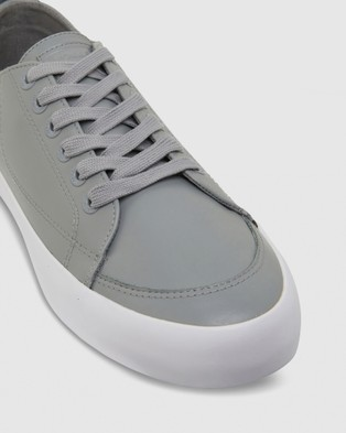 Volley Deuce Leather Low - Low Top Sneakers (Grey Leather)
