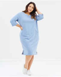 Advocado Plus - The Cocoon Sweater Dress
