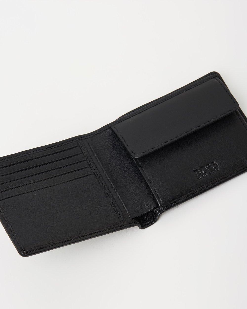 Hugo Boss Men/'s Toga Logo Embossed Genuine Leather Belt