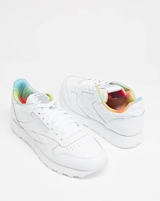 Reebok Classic Leather Pride   Unisex - Lifestyle Sneakers (White)