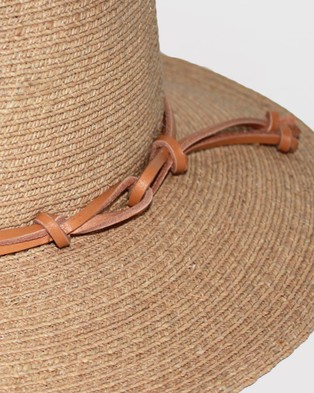 BeforeDark - Bella Fedora Hats (Natural)