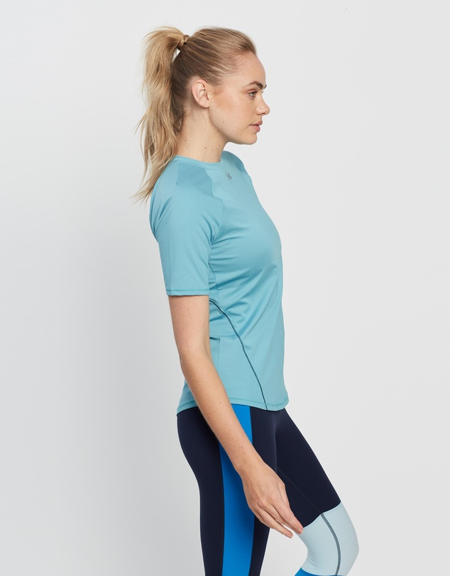 Women UA CoolSwitch SS Top