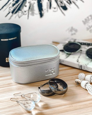 Louenhide Olive Jewellery Box - Travel and Luggage (Silver)