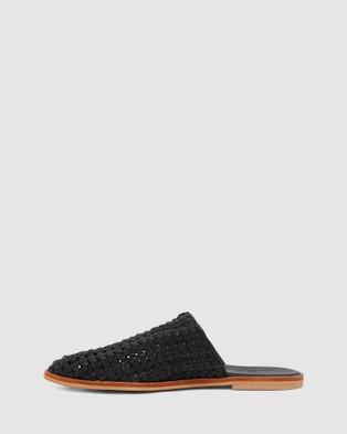 Urge Lainey - Slides (Black)