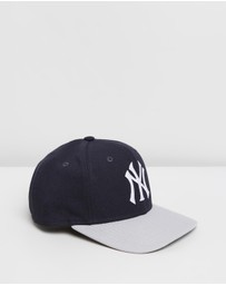 New Era - 9FIFTY Pre-Curved NY Yankees Cap