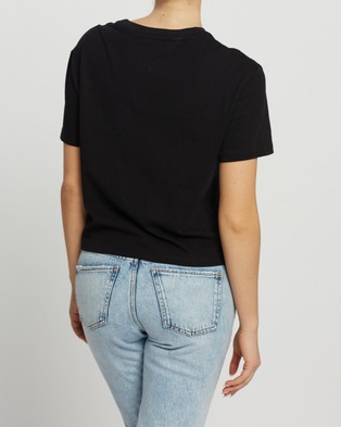 Tommy Jeans Floral Detail Tee - T-Shirts & Singlets (Black)