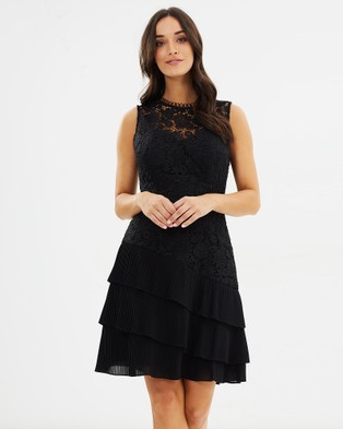 Review – Dark Angel Dress Black