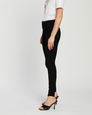 Guess 1981 Skinny Jeans - High-Waisted (Roxbury Rinse Wash)