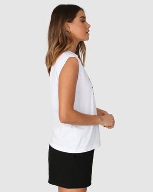 Madison The Label Tennis Club Tank - T-Shirts & Singlets (White)