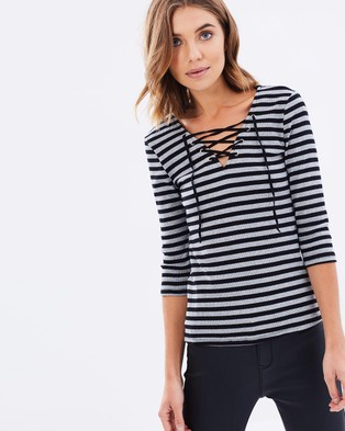 Sass – Kinsley Eyelet Trim Stripe Top Black & Grey