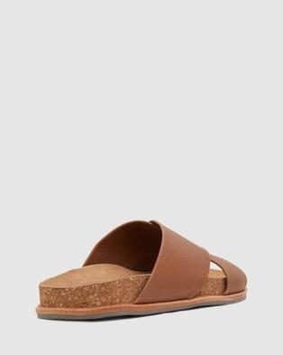 Urge Elka - Sandals (Cognac)