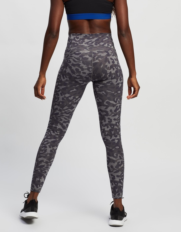 Women Believe This Graphic Long Tights