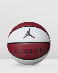 Nike - Jordan Playground 8P Basketball