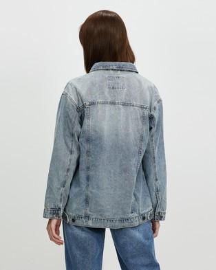 Ceres Life - Oversized Rescued Fabric Denim Jacket - Denim jacket (Mid Blue Wash) Oversized Rescued Fabric Denim Jacket