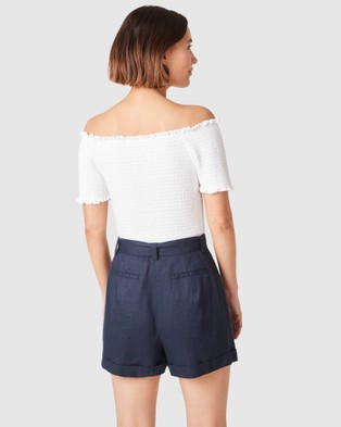 French Connection Off Shoulder Shirred Top - T-Shirts & Singlets (WHITE)