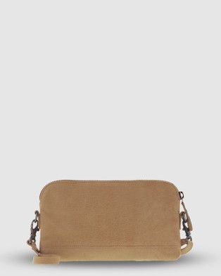 Cobb & Co Kendra Leather Crossbody - Handbags (Camel)