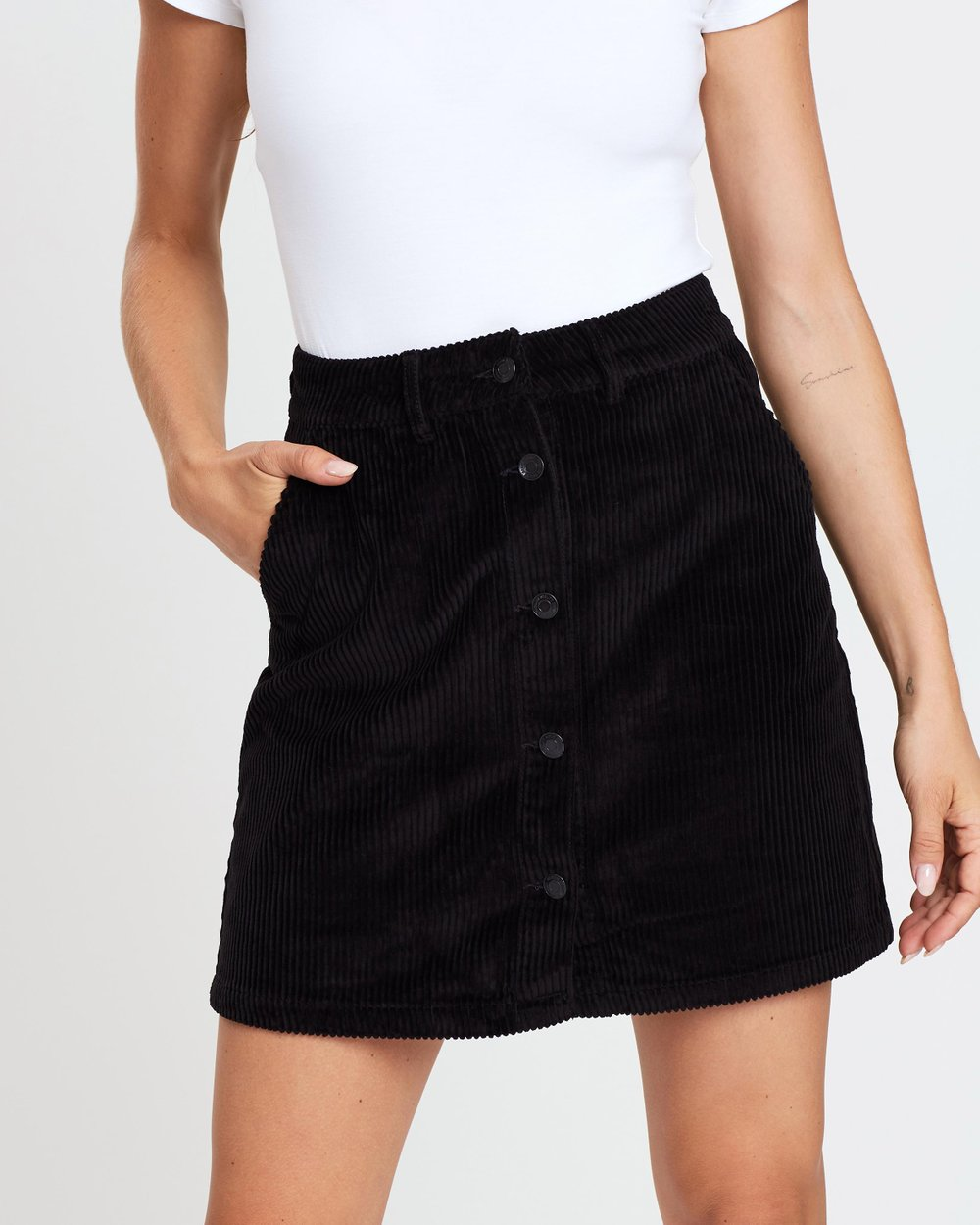 3ed49ee229 Clea Corduroy Button-Up Skirt by Vero Moda Online | THE ICONIC | Australia