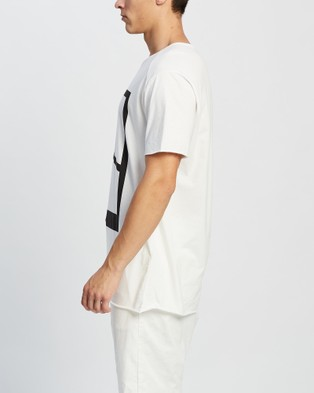 Surrounded By Ghosts The Helvine Relaxed Long Logo T Shirt - T-Shirts & Singlets (Off White Logo)