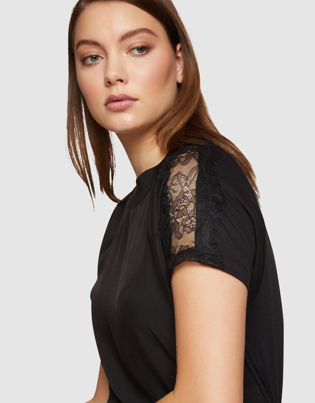 Oxford - Ruby Lace Panel T-Shirt