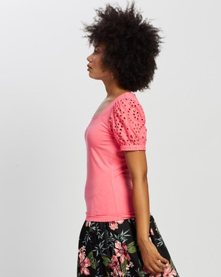 Review Livinia Top - Tops (Coral)