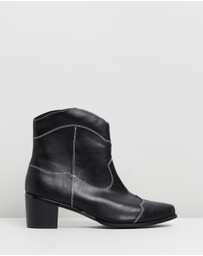 Atmos&Here - VEGAN - Nettle Ankle Boots