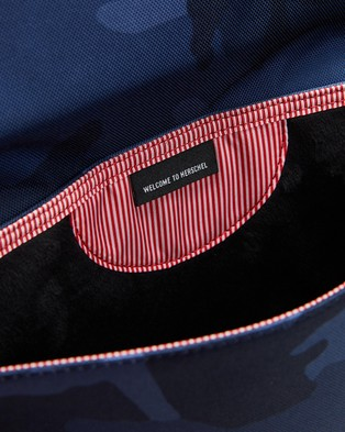 Herschel Spokane Sleeve for 13 inch MacBook - Tech Accessories (Peacoat Camo)
