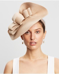 Max Alexander - Large Plate Racing Fascinator