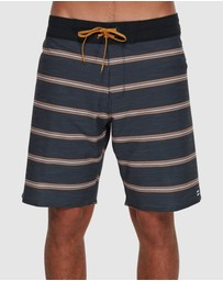 Billabong - Sundays Stripe Pro Boardshorts