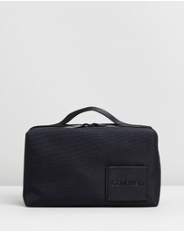 Calvin Klein - Split Washbag