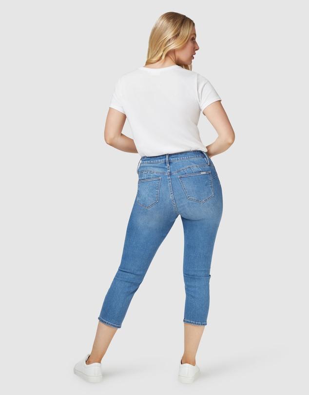 Women Kara Curve Embracer Skinny Capri Light Vintage