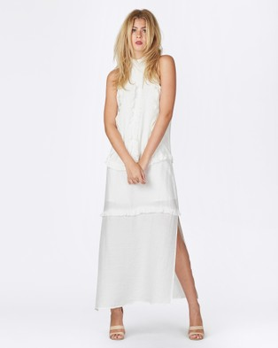 Three of Something – Traveller Web Dress – Dresses (White)