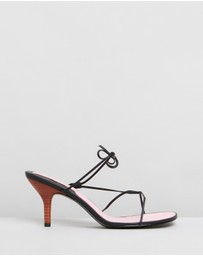 Jaggar The Label - String Sandals