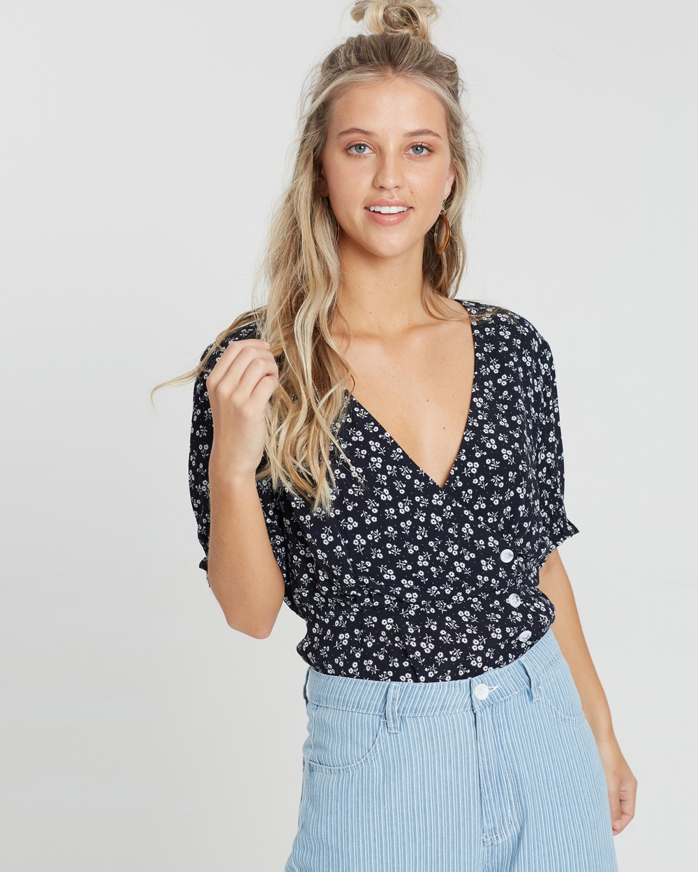 MINKPINK Home Sweet Home Top Cropped tops Black & White Home Sweet Home Top