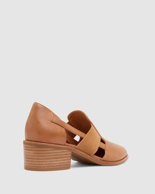 Jane Debster Expose - Mid-low heels (TAN)