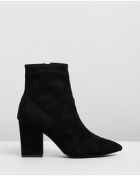 Atmos&Here - Emelie Leather Ankle Boots