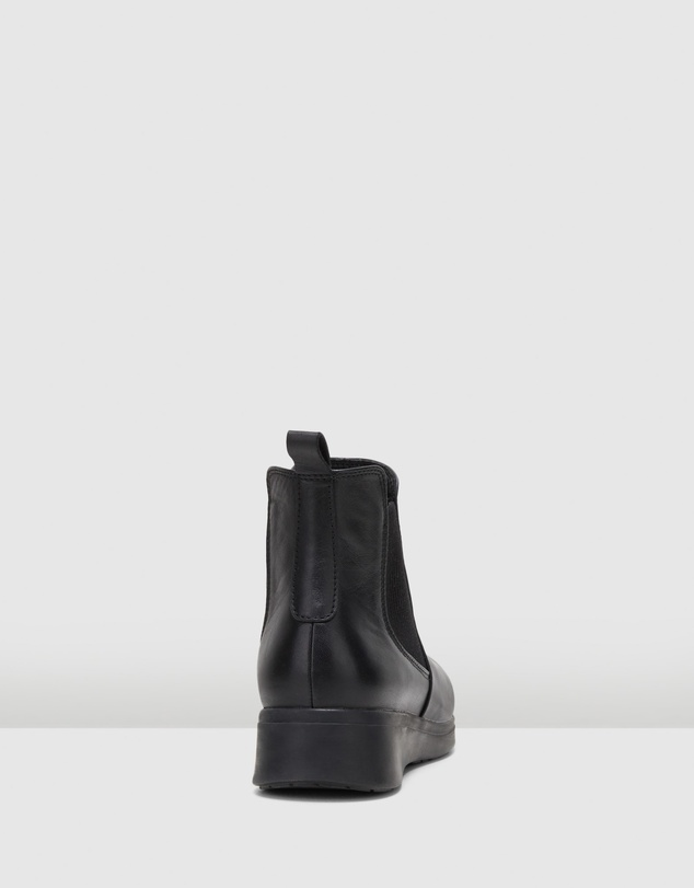 Women The Boot