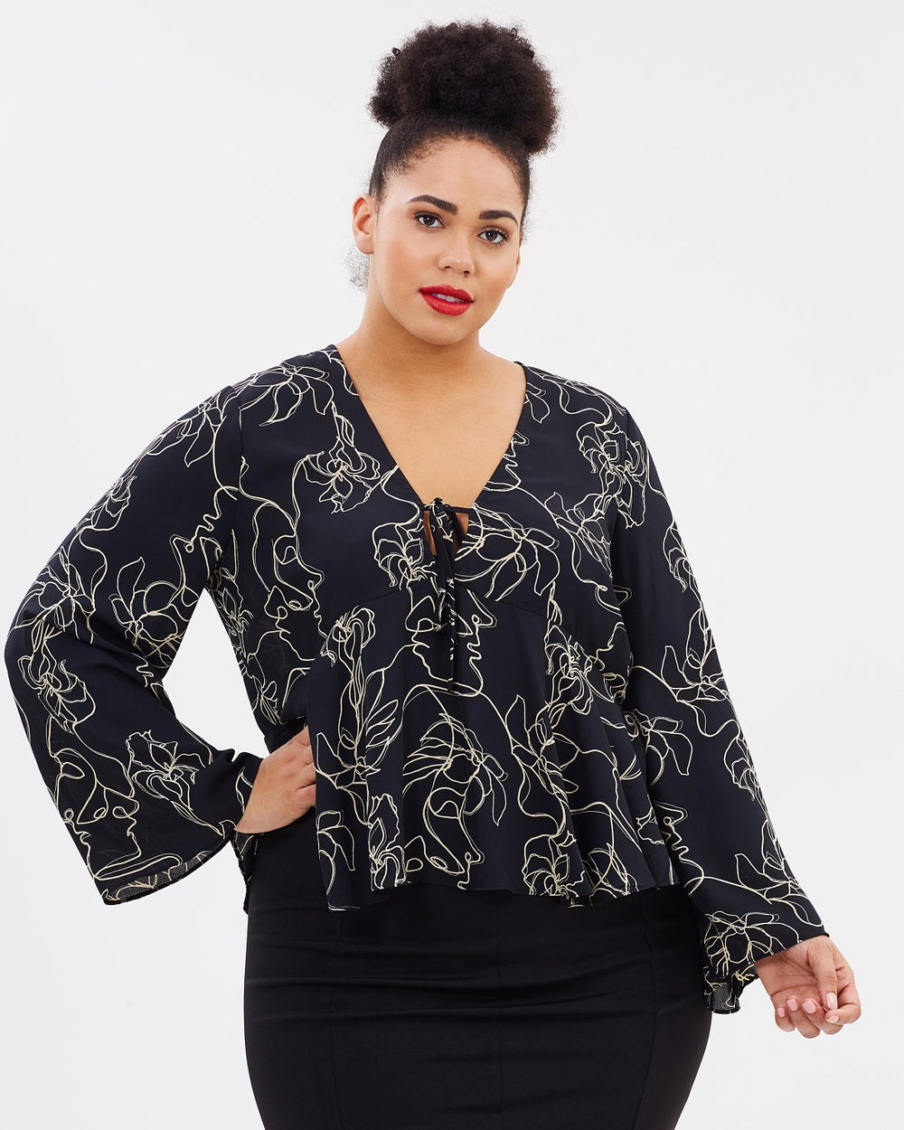 Atmos & Here Curvy ICONIC EXCLUSIVE Milan Kimono Sleeve Top Tops In Two Minds ICONIC EXCLUSIVE Milan Kimono Sleeve Top